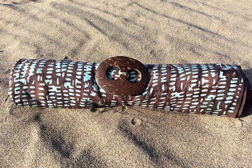 Sarong dunkelbraun mit Tupfer in türkis