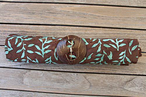 Sarong dunkelbraun mit Blätterzweige in türkis