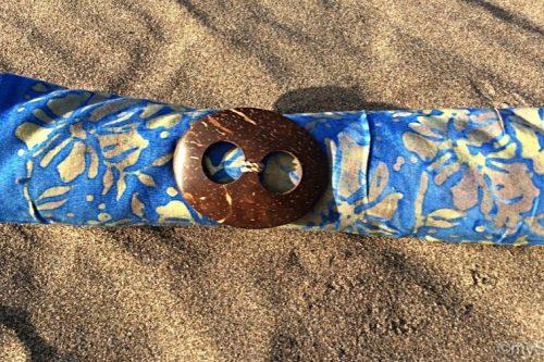 Sarong pudriges himmelblau mit Verläufen in ocker