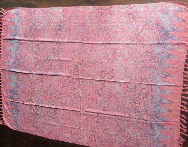 Sarong pudriges rosa mit Ornamenten in türkis und grau