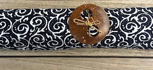 Sarong schwarz mit mittleren Spiralen in weiß