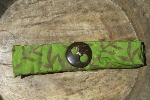 2013 Amlapura: pudrige grün-Verläufe und Blätter in braun-ocker