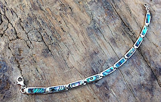 Armband mit rechteckigen Steinen aus Südseeperlmutt / Abalony