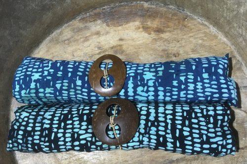 Zweier-Set Bali: Tupfer auf blau & schwarz 1-9947