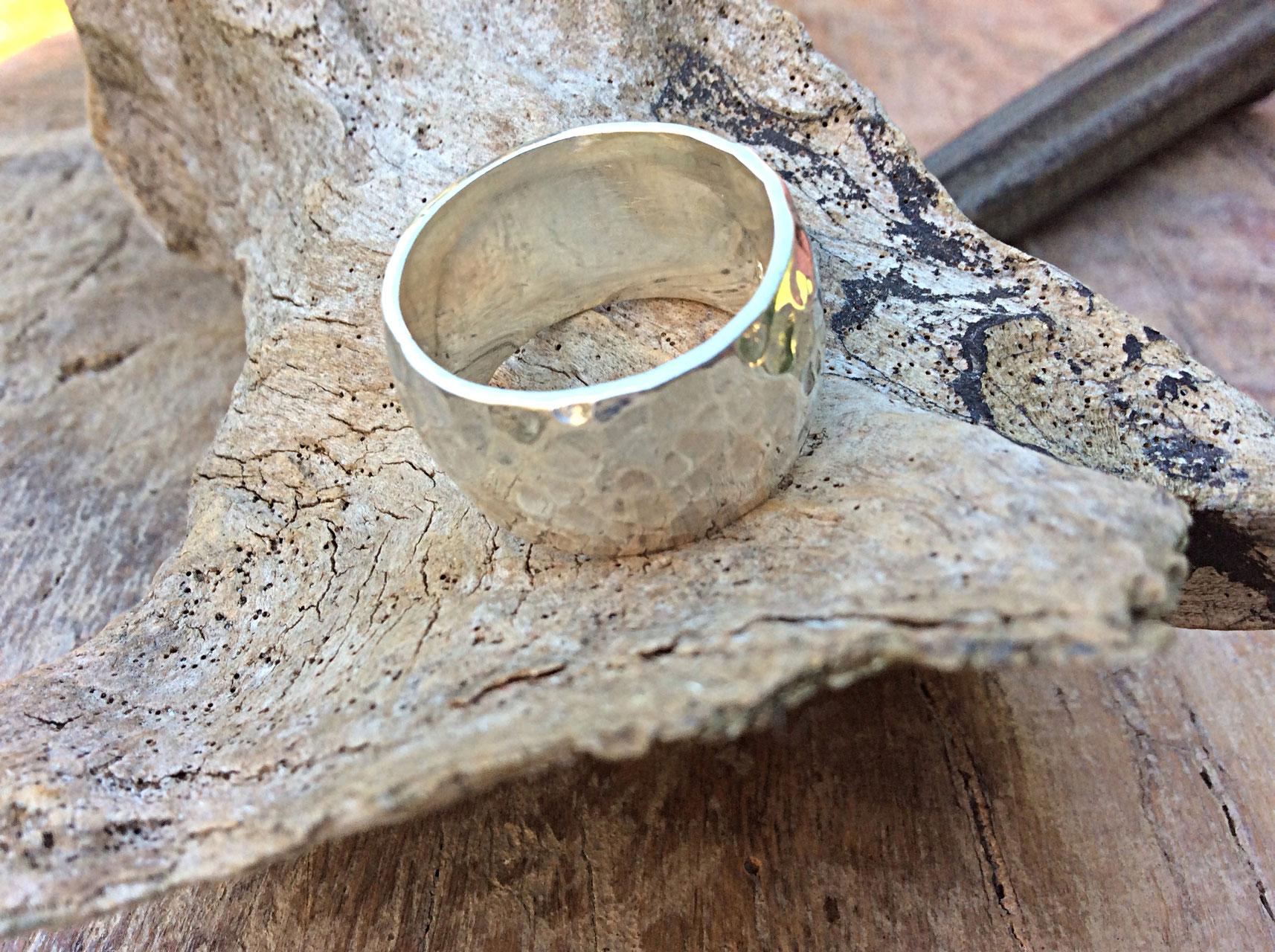 Silberring gehämmert 13mm