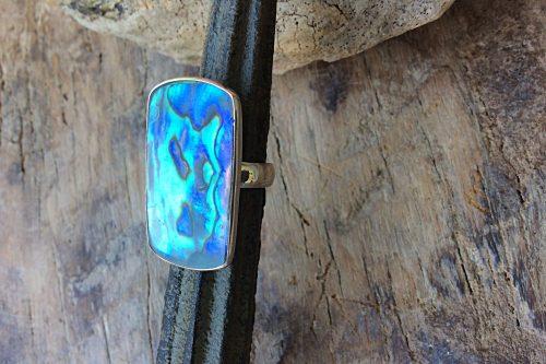 Silberring mit großem rechteckigen Stein in Abalony Südseeperlmutt