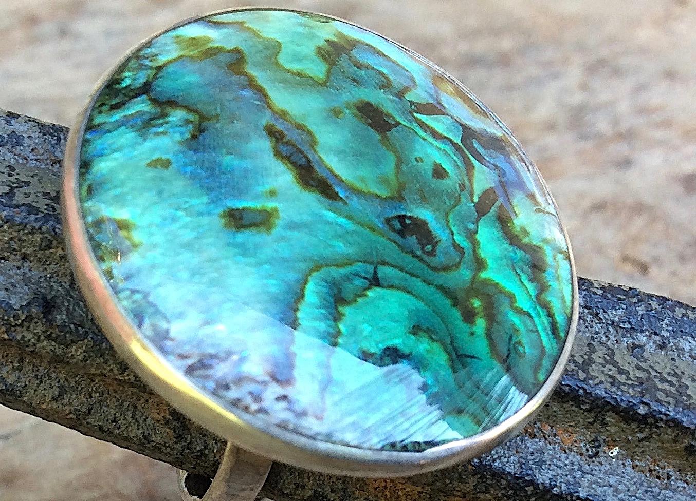 Silberring mit großem runden Stein in Abalony Südseeperlmutt
