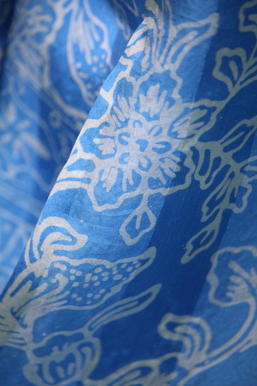 6-6074 kornblumenblau Seidenschal