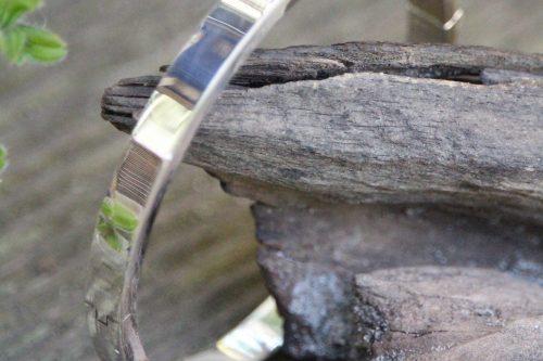 9-1300-9 Armreif mit Schließe kantig