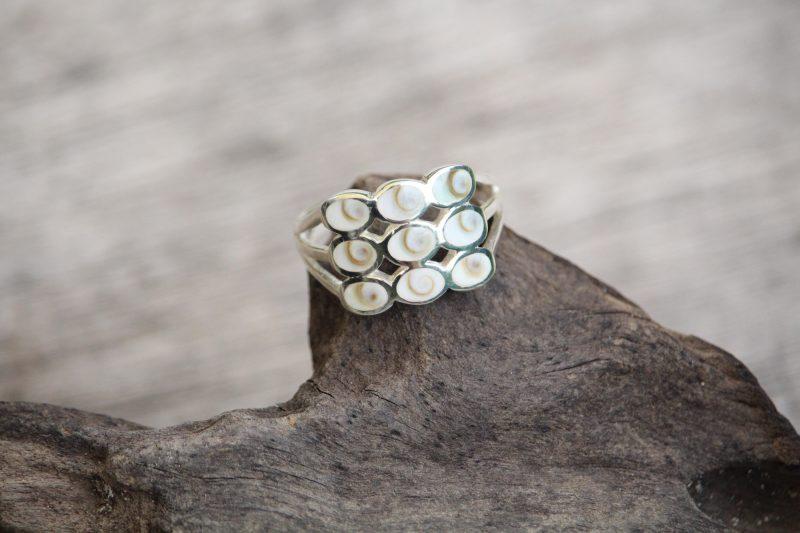 9-3706 Ring shiva neun Steine